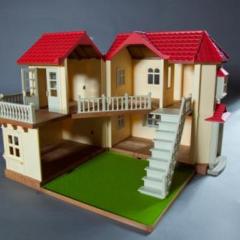 Большой дом со светом Image
